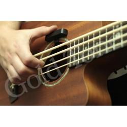 Bass thumb rest